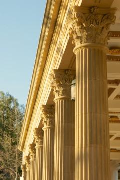 line-of-corinthian-columns